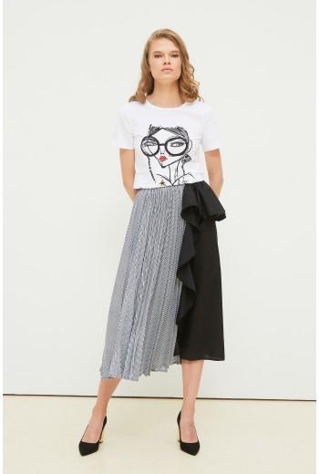 T-shirt with fashion print